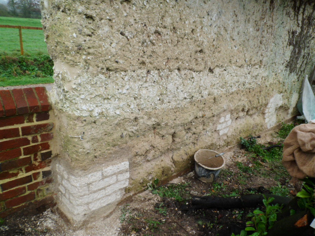 Grade II C19th Thatched Chalk Cob Boundary Wall